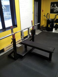 Benching today... We are waiting for you. - Hostyle conditioning