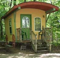 "this looks awesome, like a ""Gypsie"" house- a vardo!"
