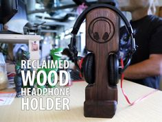 A woodworking project that makes a great gift for your favorite audiophile.