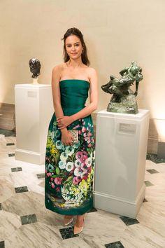 Courtney Eaton in Dolce & Gabbana