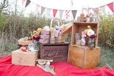 bunting picnic decor