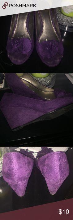 Peep toe purple faux suede wedges EUC rich royal purple colored wedges. Shoes Wedges