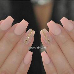 So cute #sparkles #essie #nail #art #shiny #pretty #love #style #cute #branco #beautiful #girl #nailswag #rosa #opi #unhas #nails #photooftheday #instagood #preto #polish #styles #nailpolish #nailart #gliter #beauty #stylish #girls #fashion