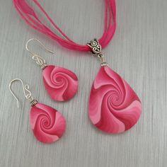 Teardrop Swirl Earrings in Pink   2goodclaymates - Jewelry on ArtFire