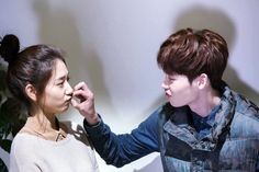 Lee Jong Suk vs Park Shin Hye @ Pinocchio By: natwalan Jung Suk, Lee Jung, Korean Couple, Best Couple, Park Shin Hye Pinocchio, Lee Young Suk, Couple Tumblr, Korean Tv Series, Song Joon Ki