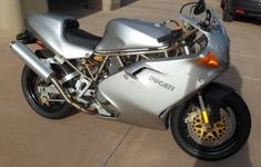 This 1998 Ducati 900SS/FE is one of just 300 silver Final Edition bikes made for 1998.