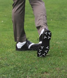 Golf Shoes, Flexibility, Gentleman, Action, Classic, Derby, Group Action, Back Walkover, Gentleman Style