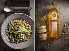 Εμείς φέτος θα σας δώσουμε τρεις νέες συνταγές με ρεβύθια, ξεκινώντας από μία ταπεινή μα μεγαλειώδη ταυτόχρονα ρεβυθοσαλάτα.