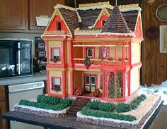 Deni Cole designs and decorates the Gingerbread Mansion, inspired by the REAL Gingerbread Mansion in Ferndale California!  Deni's attention to detail and clean lines are inspiring! Visit www.ultimategingerbread.com for patterns, photo's, recipes and contests.