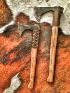 Big and small Hand Axe, Tomahawk Axe, Viking Axe, Beil, Medieval Weapons, Arm Armor, Knives And Swords, Knife Making, Blacksmithing