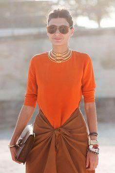 Paris Fashion Week SS Giovanna Battaglia before Lanvin I Love Fashion, Daily Fashion, Paris Fashion, Womens Fashion, Fashion Editor, Street Fashion, Moda Paris, Orange Fashion, Fashion Seasons