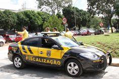 Proibido estacionar: Detran DF multadezenas demotoristasna 601 Norte +http://brml.co/1zUrmgh