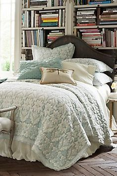 Jourdan Park Quilt Landscaped with rows of stylized art nouveau florals, our Jourdan Park quilt brings an air of relaxed elegance to the bed. Hued in serene shades of pearl bl