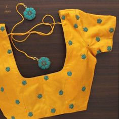 Latest Designer Blouse Design - Indian Fashion Ideas   Indian Fashion Ideas Cutwork Blouse Designs, Simple Blouse Designs, Embroidery Neck Designs, Stylish Blouse Design, Blouse Neck Designs, Simple Embroidery, Embroidery Blouses, Embroidery Motifs, Blouse Styles