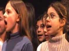 Tum balalaika - Canciones infantiles israelíes - Israel - Mamá Lisa's World en español: Canciones infantiles del mundo entero