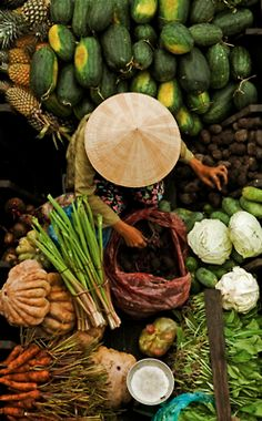 View top-quality stock photos of Cai Rang Floating Market Mekong Delta Vietnam. Find premium, high-resolution stock photography at Getty Images. We Are The World, People Of The World, Wonders Of The World, Laos, Vietnam Voyage, Vietnam Travel, Visit Vietnam, Hanoi Vietnam, Bali Lombok
