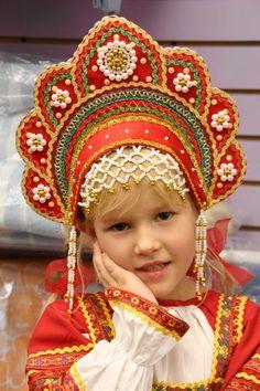 russian kokoshnik headdress   Русский   English