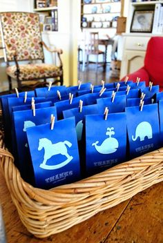 love these baby shower gift bags from Minted Life!
