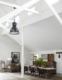 43 Fabulous barn conversions inspiring you to go off-gridthe table
