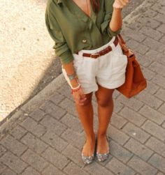 I wonder if I could pull off this look, with the high shorts... to make it nicer high heals?