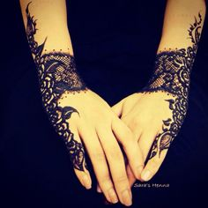 Lace model henna