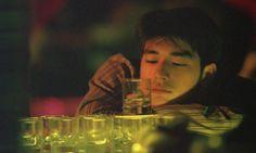 Chungking express by Wong Kar-wai Cinematic Photography, Film Photography, Yolo, Chungking Express, Takeshi Kaneshiro, Film Inspiration, Portrait Inspiration, Hipster, Film Aesthetic