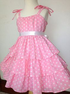Mariposa ruffle Pink dress in white polka dot prints. Pinned by Cindy Vermeulen. - Mariposa ruffle Pink dress in white polka dot prints. Pinned by Cindy Vermeulen. Please check out my other & boards Source by esonhadora - African Dresses For Kids, Toddler Girl Dresses, Little Girl Dresses, Baby Girl Dress Design, Girls Frock Design, Cotton Frocks For Kids, Frocks For Girls, Kids Dress Wear, Kids Gown