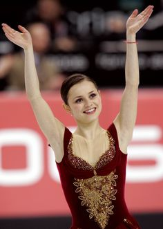 Sasha Cohen i loooove her! She's so nice and so beautiful! How could you not love her??