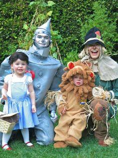 Celebrity Kids on Halloween - Neil Patrick Harris & David Burtka...can't believe how much Harper looks like David's sister Jen!