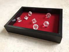 Diy d&d dice box dice box, geek crafts, diy games, tabletop games, felt Geek Crafts, Diy Arts And Crafts, Diy Crafts, Jewerly Box Diy, Dice Box, Idee Diy, Fun Snacks For Kids, Diy Games, Tabletop Games