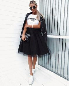 Pin by candy collazo on summer outfits Tutu Outfits, Converse Outfits, Modest Outfits, Casual Outfits, Modest Clothing, Black Tulle Skirt Outfit, Tulle Skirt Dress, Tulle Skirts, Dress Up