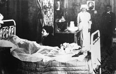 """Empress Elisabeth """"Sissi"""" of Austria on her deathbed. Well this scene is taken from an ancient movie, but they say in reality her lying out in the hotel bedroom looked exactly similar Austria, People Photography, Funeral Photography, Vintage Photography, Romanov Sisters, Kingdom Of The Netherlands, Post Mortem Photography, Shattered Dreams, Elisabeth"""