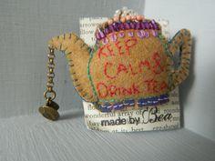 felt teapot embroidered brooch