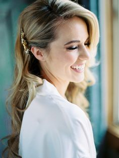 Glam waves pulled back with a clip: http://www.stylemepretty.com/2016/03/16/whimsical-summer-wedding-at-lake-tahoe-2/ | Photography: Ryan Ray Photo - http://ryanrayphoto.com/