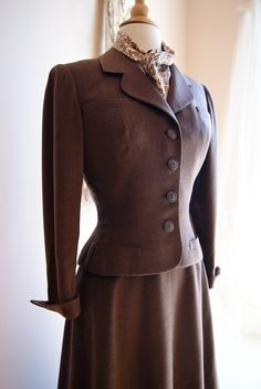 40s Womens Suit // Vintage Suit //  Vintage Late 1940s NEW LOOK Brown Wool Suit by Adele Simpson Size S. $248.00, via Etsy.