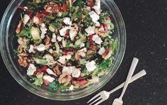 Makkelijke couscoussalade met geitenkaas, avocado en balsamicodressing  |  Foodness