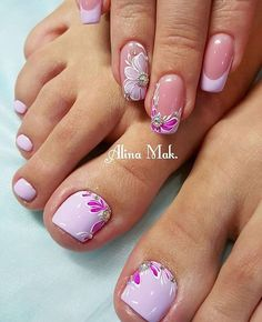 Pink french tip w/flowers design mani/pedi Fancy Nails, Pink Nails, Pretty Nails, Pedicure Designs, Toe Nail Designs, Beautiful Nail Designs, Beautiful Nail Art, Toe Nail Art, Acrylic Nails