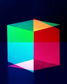 Colored cubes by Jessica Eaton, the talented young photographer who won the Grand Prix du Jury at Hyères Festival Illustrations, Illustration Art, Impression Textile, British Journal Of Photography, Multiple Exposure, Textiles, No Photoshop, Art Abstrait, Design Graphique