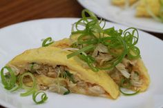 Vietnamese Soul Food: Omelet with Crabmeat and Green Onion-Trung Chien v...