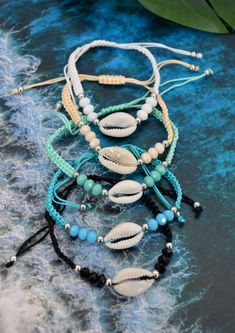 The sterling silver bracelets have actually been preferred among females. These bracelets are available in various shapes, sizes and designs. Seashell Jewelry, Beach Jewelry, Cute Jewelry, Boho Jewelry, Jewelery, Summer Bracelets, Cute Bracelets, Ankle Bracelets, Beaded Bracelets