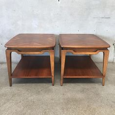 Pair of Mid Century End Tables by Lane (WW2DAL)