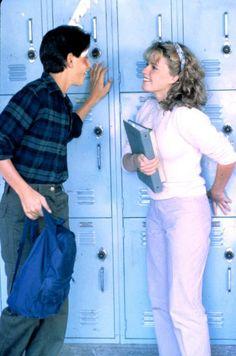 "Ralph Macchio and Elisabeth Shue from ""The Karate Kid"" Más The Karate Kid 1984, Karate Kid Movie, Karate Kid Cobra Kai, 80s Movies, Good Movies, Movie Tv, Ralph Macchio, Mary Elizabeth, Image Film"
