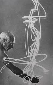 Light Drawing by Picasso