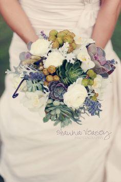 succulent wedding bouquet | Vinewood Weddings & Events.