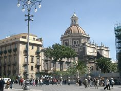Planning to travel to distant place from Catania, hiring taxis would provide ultimate convenience than travelling by public transport like buses or train. Taxis not only enhance the convenience during trips but makes transfer Catania airport to Taormina easier for tourists. Visit:http://www.123transfers.com