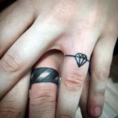 45 Cute Finger Tattoo Ideas and Designs - Latest Fashion Trends