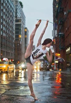 New photography street dance flexibility 62 Ideas Dance Photography Poses, Dance Poses, Street Dance Photography, Beauty Photography, Fitness Photography, Photography Awards, Food Photography, Flexibility Dance, Flexibility Exercises