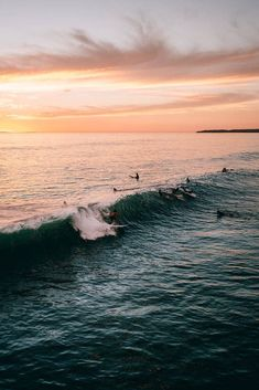 Surfs up sunset surf, summer sunset, summer vibes, summer beach, beach screensaver No Wave, Beach Aesthetic, Summer Aesthetic, Summer Vibes, Photos Voyages, Surfs Up, Aesthetic Pictures, Belle Photo, Scenery