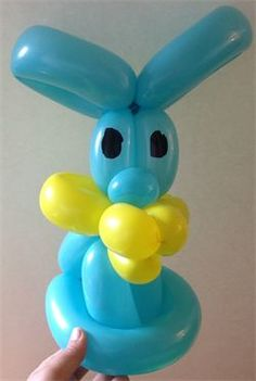 Bunny Balloon Twisting Art