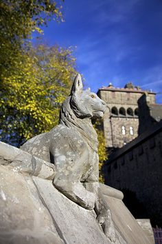 Standing Guard - The Animal Wall, Cardiff Castle